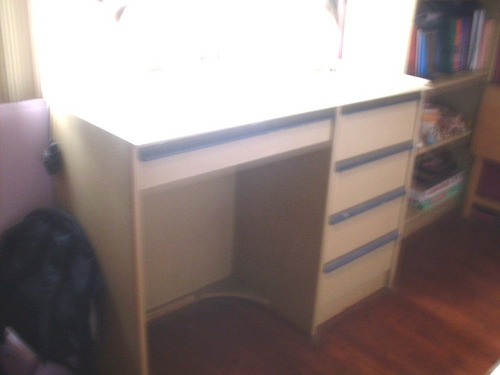vendo escritorio con 5 cajones exclusivo modelo